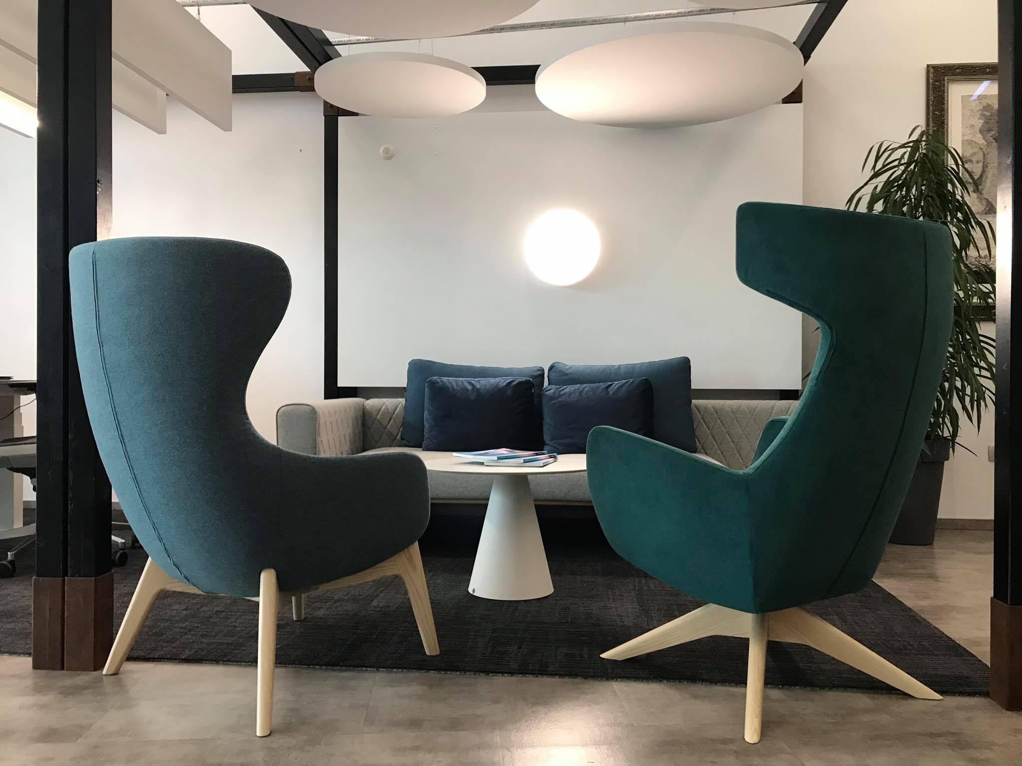 Pohištvo za pisarne Kauch